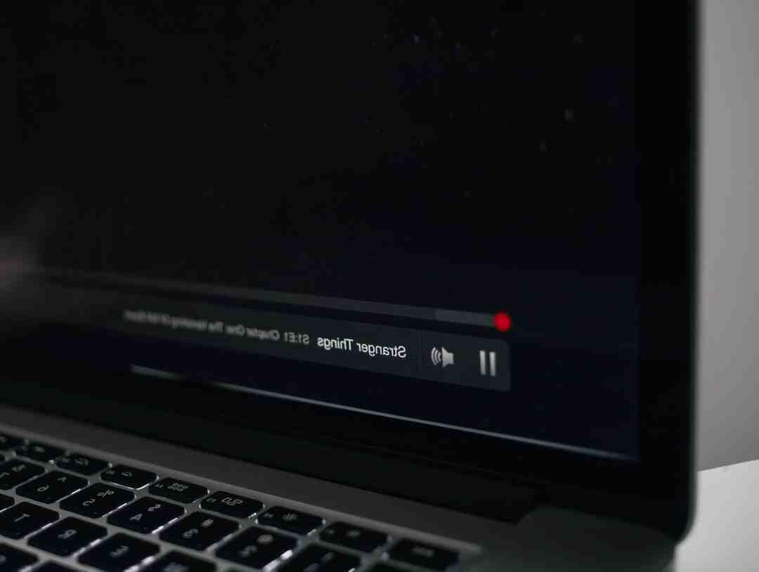 Comment Netflix Décline-t-il une stratégie de communication atypique ?